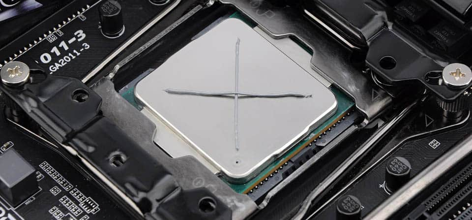 Applying thermal paste properly The cross method